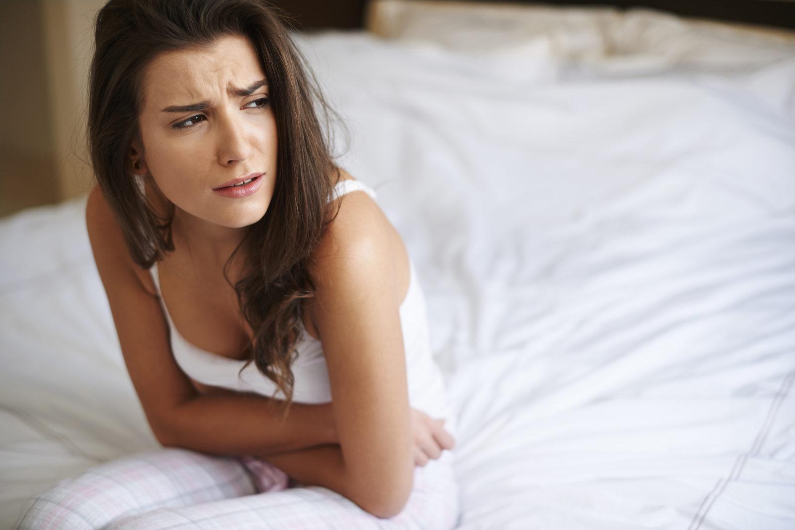 Maux de ventre et crampes liées à la maladie de Crohn