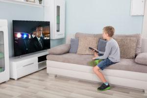 Les enfants peuvent restés scotchés plusieurs heures durant devant un écran