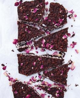 Chocolat au riz soufflé & à la rose pauvre en FODMAPs