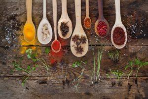épices et herbes du jardin : découvrez les 5 qui vous veulent du bien