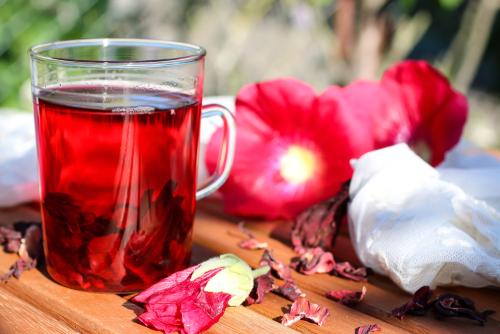 thé glacé fraise-rhubarbe-hibiscus