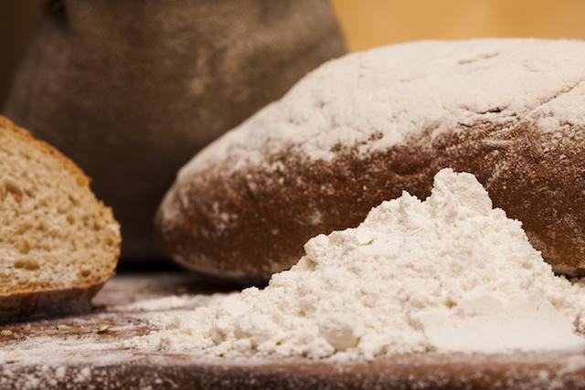 Pain blanc contre pain complet !